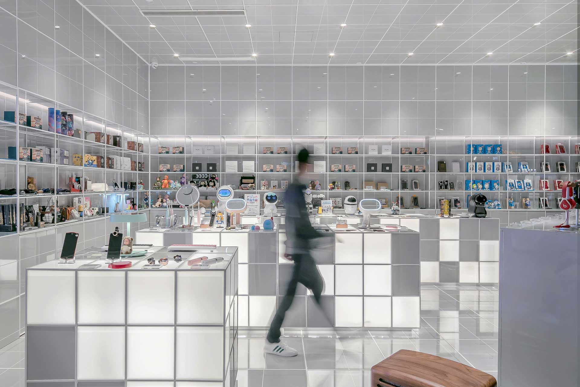 IoT Can Evolve Bricks and Mortar Retail